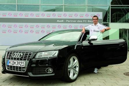 拜仁队长拉姆与奥迪s5高清图片