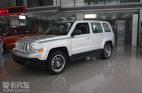 伊势威jeep 11款自由客新车上市发布会高清图片