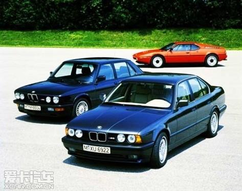 时至今日,M3已进入到了第三代.新M3的推出标志着宝马M家族拥