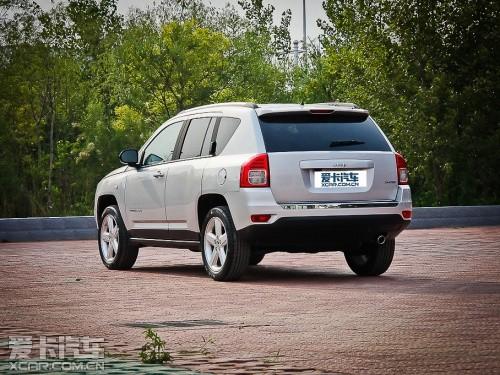 【JEEP指南者】-四款30万内适合冬季驾驶的SUV车型推荐图片