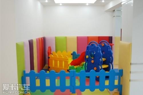 起亚全国最高标准旗舰店锦华起亚开业高清图片