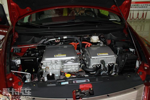 纯电动汽车比亚迪e6先行者媒体试驾会高清图片
