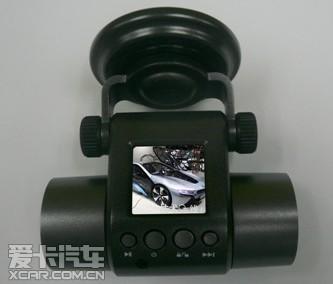 E路航发布行车记录仪R30