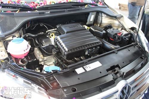 83款的桑塔纳发动机图片