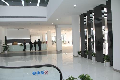 宝马展示厅设计
