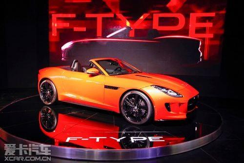承载未来跑车设计理念的捷豹f-type高清图片