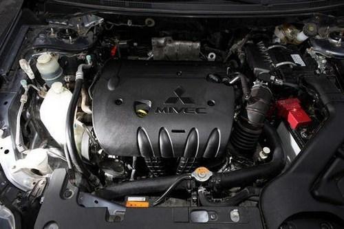 而三菱翼神搭载的正是同级车中独一无二的带6速运动模式的CVT无高清图片