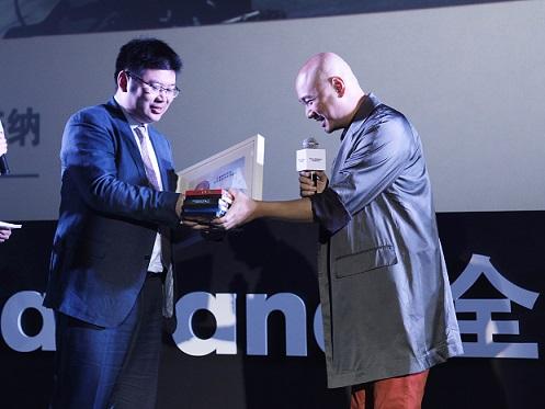 角度纪录至真品质 上海大众2013全新桑塔纳新季广告首映礼高清图片