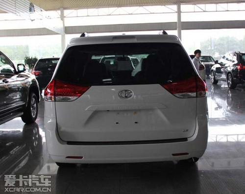 丰田塞纳现车优惠新价格冰点直击大促销