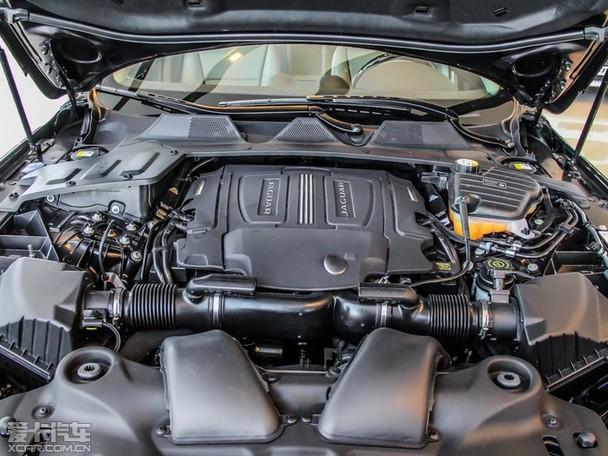 2014款捷豹xf与老款相比变化不大,车身长宽高依然保持为高清图片