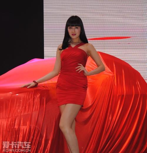 东风风神; 2014第十三届青岛国际车展模特集萃; 2014青岛车展模特图