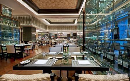 (注:黄岛展厅改成 豪华五星级酒店-福朋喜来登双人浪漫烛光自助餐