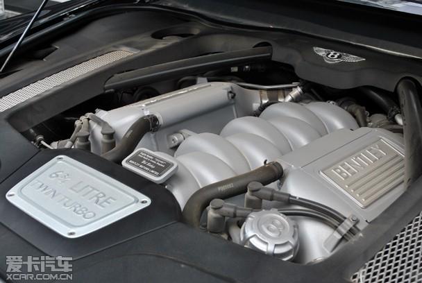 慕尚采用的v8发动机拥有512匹的强大动力和高达1020牛顿米的输出