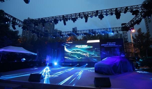 雪佛兰新生代性能中级车--全新一代科鲁兹依旧给大家带来了一高清图片