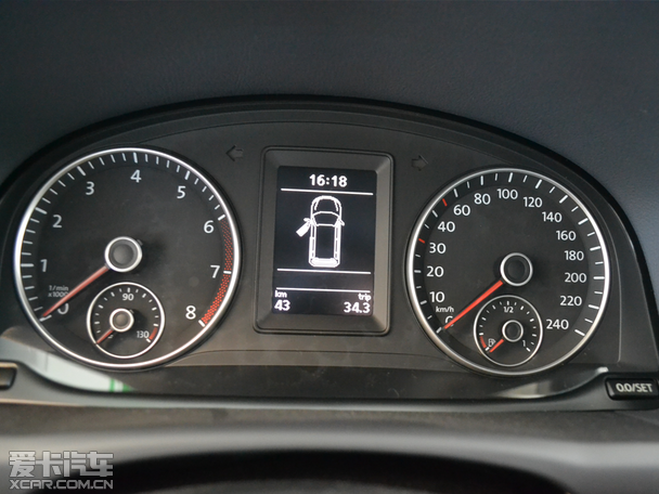 银川新车到店调查 上海大众2015款途安