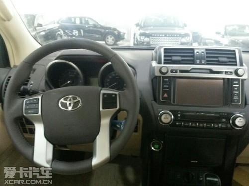 2014款丰田霸道2700中东版