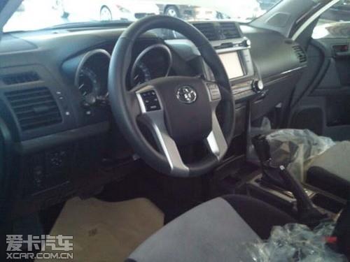新款丰田霸道2700黑内饰限量版现车促销