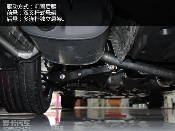 5l车型在数据上与现款没有区别,都是采用6速手自一体变速箱,底盘的图片