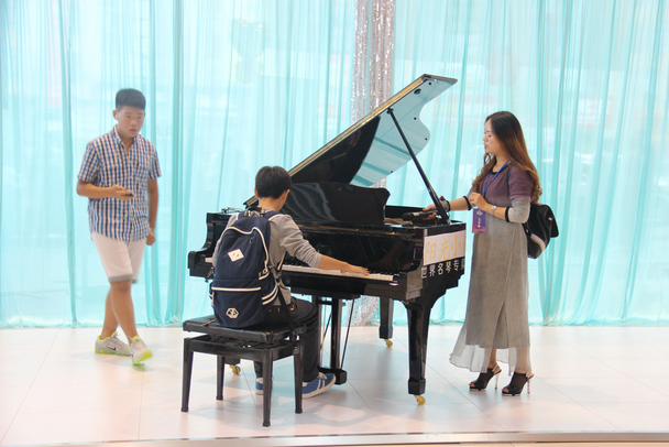 钢琴生日歌曲谱