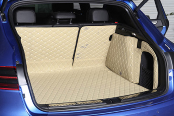 汽车后备箱是储存、装运物品的重要空间,全包围汽车后备箱垫可以有效地保护汽车后备箱,防止赃物或者液体进入后备箱甚至侵蚀后备箱表面,还可以防止后备箱内物品滑动。因此,为爱车添加全包围后备箱后备箱垫很有必要,小编为您介绍一下伯卓全包围汽车后备箱垫。