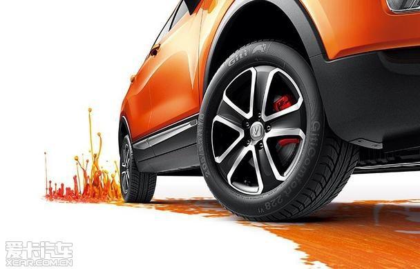 温州车展长安汽车小型SUV CS15出彩上市高清图片