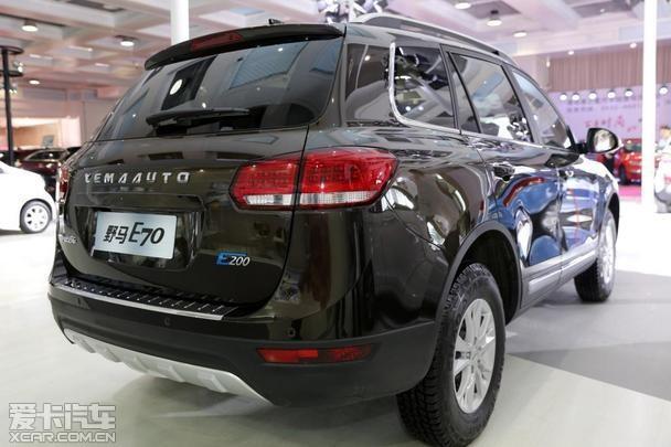 野马E70纯电动SUV亮相青岛车展高清图片