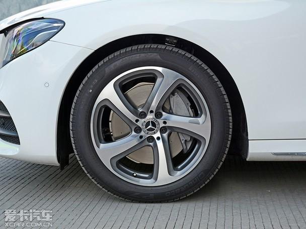 2018款奔驰E新车到店