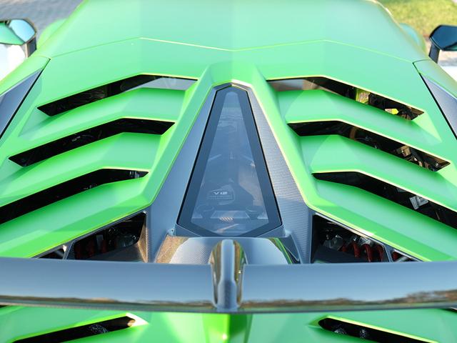 Aventador SVJ实车亮相 搭载V12发动机