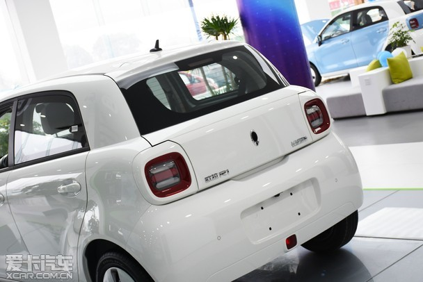 城市出行新萌宠 纯电动车欧拉r1到店实拍_爱卡汽车图片