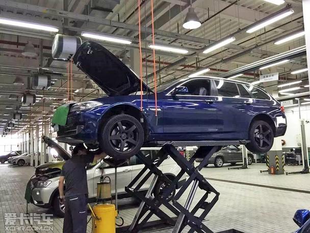 体验BMW二手车回家标准