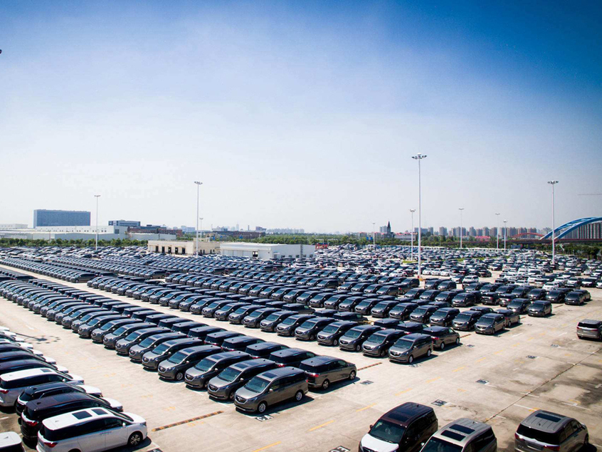 中汽协:前两月我国汽车出口同比降19.4%