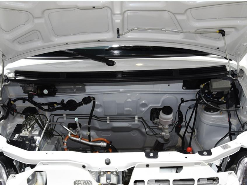 新款北汽EV2