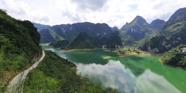 #长假最美一瞬#  寻找广西最后的一个世外仙境