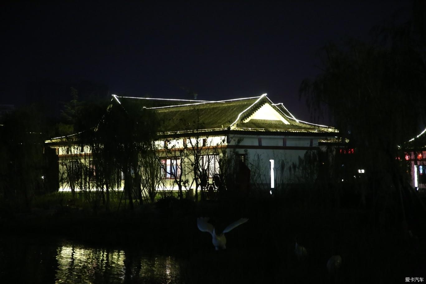 家乡的千鹤湖公园