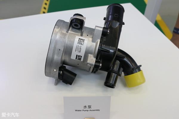 0l vc-turbo相当,低于马自达的2.5l,高于凯美瑞的2.5l.图片