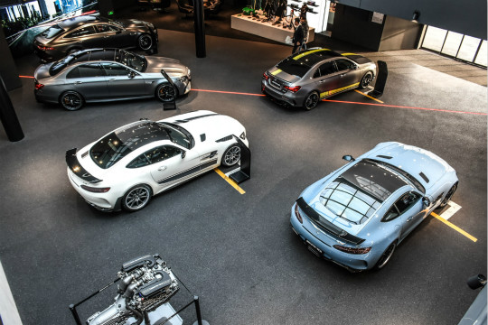 限量款车型到店 爱卡探店上海利星行AMG中心