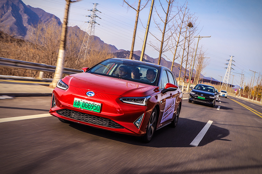 你期待的纯电轿车来喽 试驾广汽丰田iA5