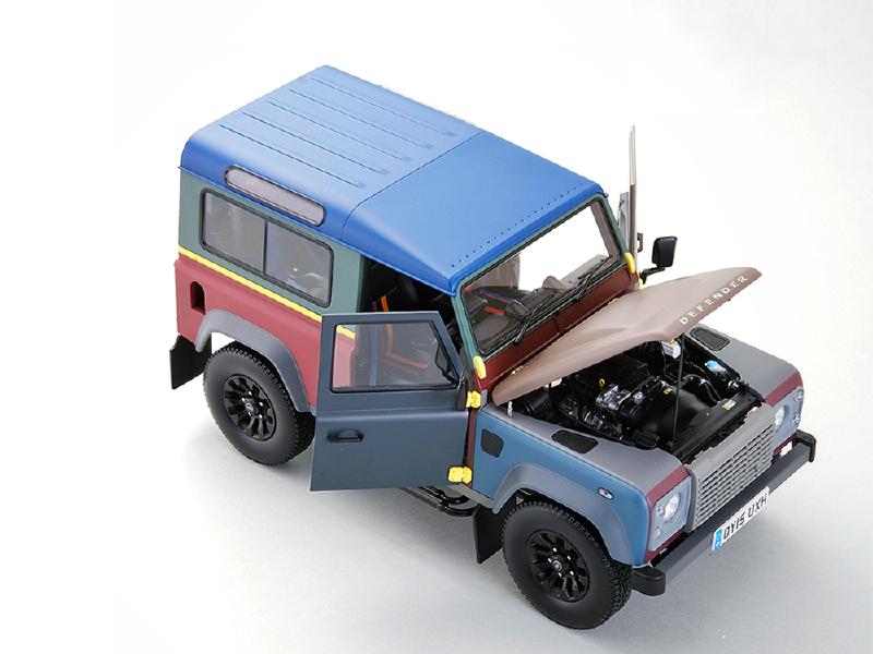 1/18路虎卫士90 保罗史密斯定制版汽车模型