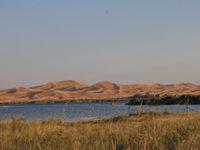 爱卡旅行社之深入腾格里沙漠探寻月亮湖