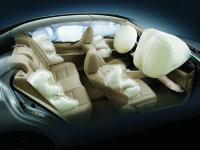 开车安全第一 汽车安全配置诞生与应用