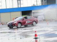 锐志驾趣学院 体验赛道极速与漂移快感