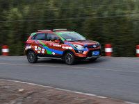 行驶在云端 北汽EX200挑战海拔4000米