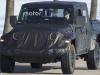 全新Jeep牧马人皮卡版谍照 或11月亮相