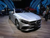 奔驰新一代S级轿跑车上市 售124.38万