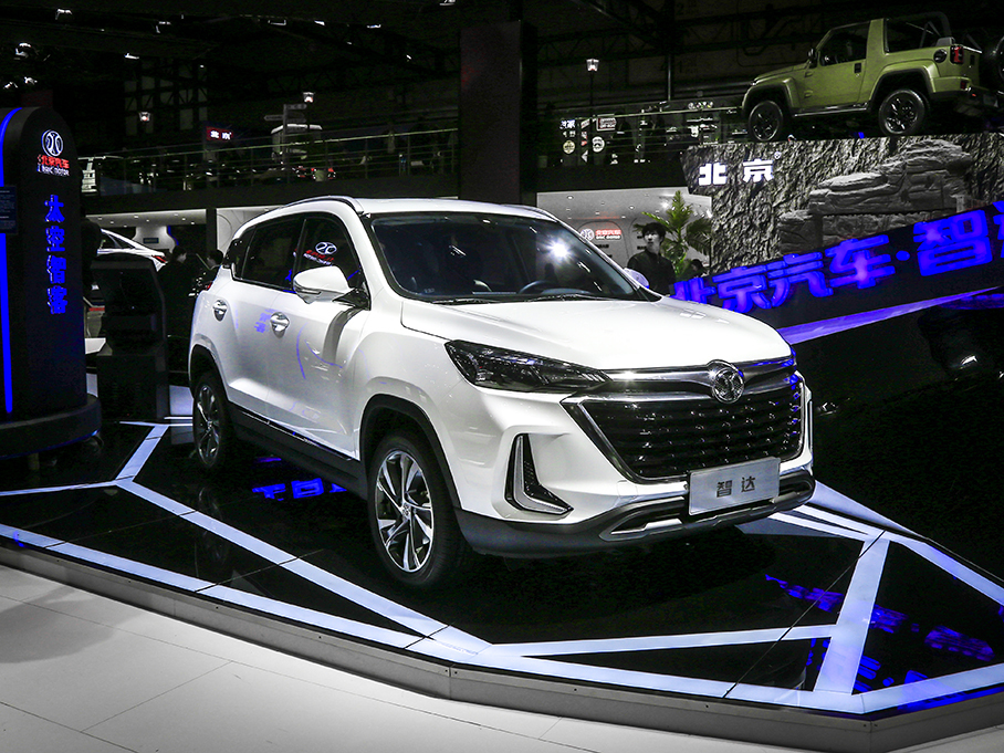以AI打造SUV智多星 北京汽车智达静评