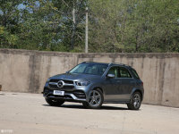 新款奔驰GLE上市 售价72.78-88.98万元