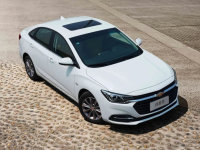 雪佛兰科鲁泽1.5L车型上市 11.19万起售