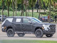 定位高于大切诺基/采用6座/7座布局 全新Jeep大瓦格尼谍照
