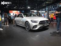 北京车展:新款奔驰E级进口标轴版亮相