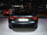 高颜值电动猛兽 实拍奥迪RS e-tron GT